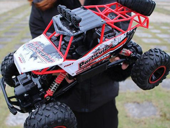 2.4Ghz Remote Control 4WD High Speed Monster Truck (2-Pack/Red)