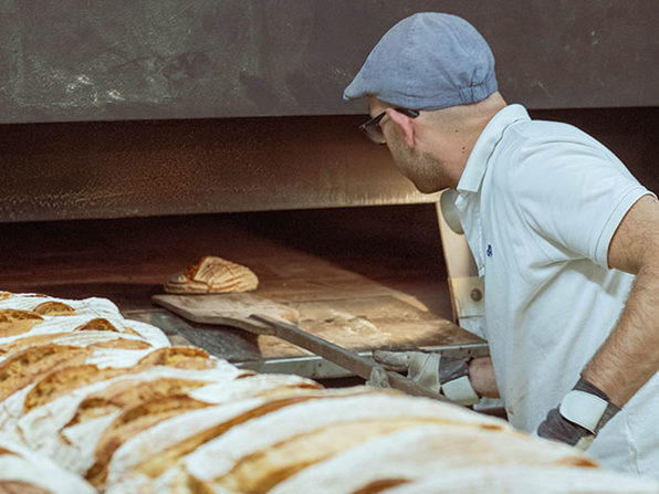 Achieve Sourdough Baking Mastery - Artisan Bread & Pastry - Product Image