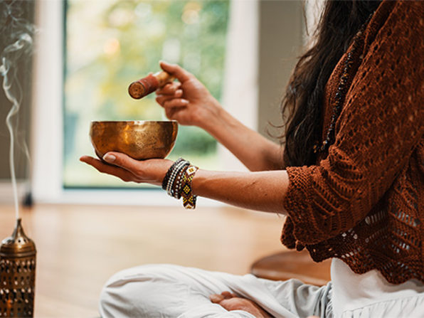 FREE: Alternative & Holistic Therapies 4-Week Course