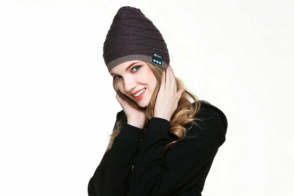 A bluetooth beanie on a woman