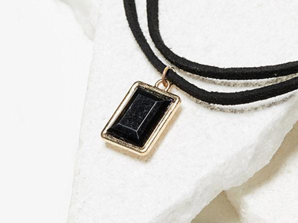 Fashionable Choker Necklace