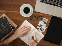 Writing - How To Easily Write A Great How To Book That Sells - Product Image