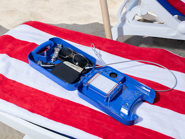 beachsafe® Valuable Storage & Phone Cooling Kit