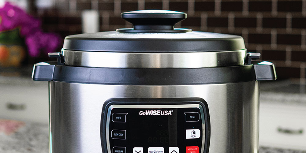 GoWISE USA® 8-in-1 Programmable 9.5QT Ovate Pressure Cooker