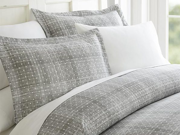 ienjoy Home Polkadot 3-Piece Duvet Cover Set (Gray & King/Cal King)