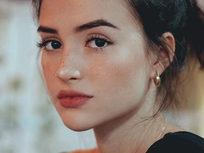 Lightroom Portrait Beauty Retouch: Full Edit & Workflow - Product Image