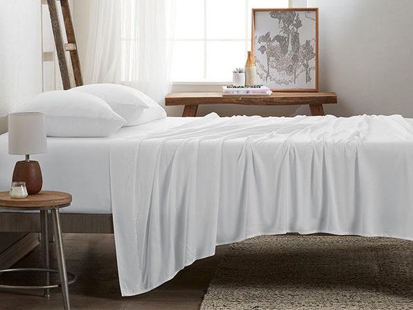 4-Piece Luxury 100% Rayon Bamboo Sheet Set // White (Queen)