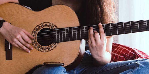 Beginners Guitar Fingerpicking - Product Image