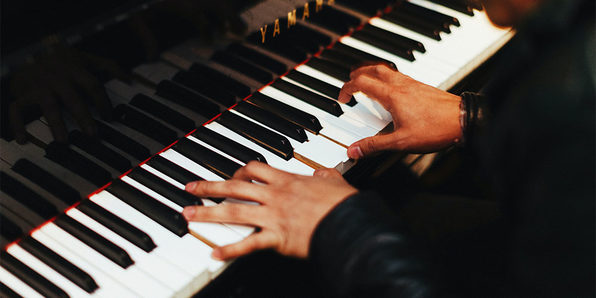 Learn Piano Today: How to Play Piano in Easy Online Lessons - Product Image