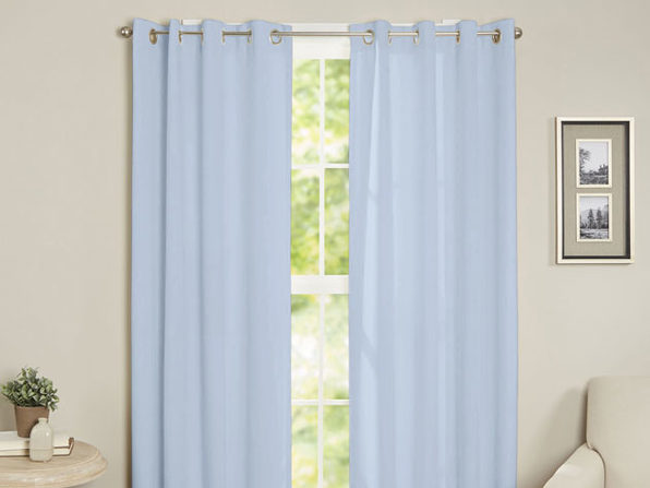 Maria Thermal Blackout Grommet-Top Curtain: 1 Panel (Baby Blue)
