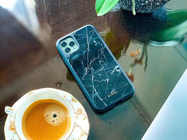 iPhone 11 Pro Max Case (Nero Marquina with Black Border)