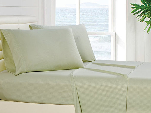4-Piece Checkered Sheet Set Full Sage - Product Image