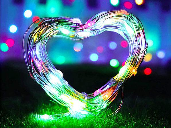 100-LED Solar Christmas String Lights