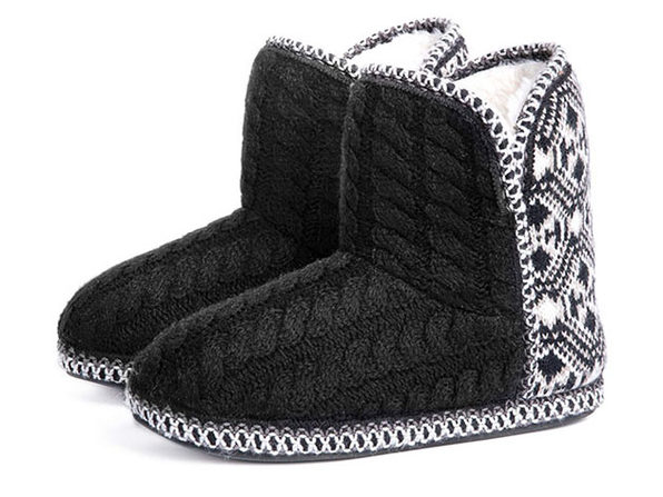Women's Cheyenne Cable Knit Indoor Bootie Slippers (Black)