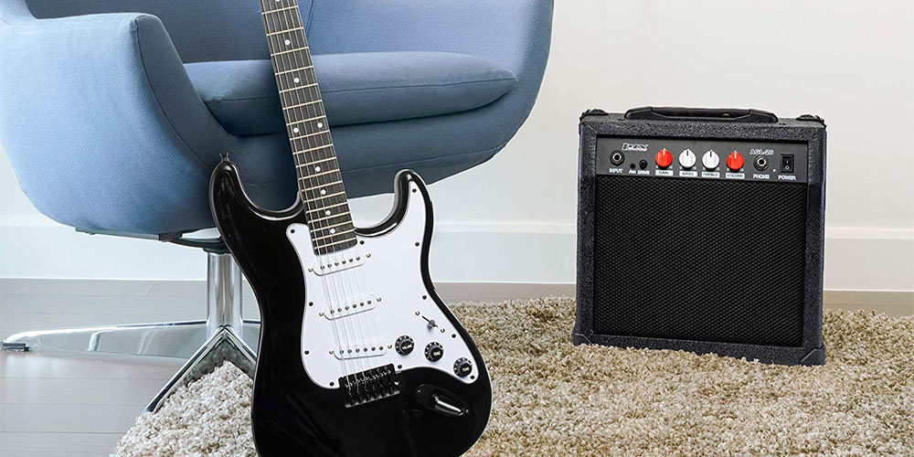 LyxPro 39″ Electric Guitar with 20W Amp Kit for $127.99 with promo code GREEN20