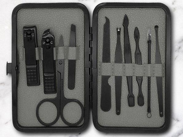 Jaunter 10-Pc Luxury Manicure Kit (Wolf Grey)
