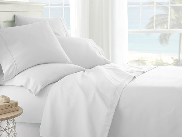 iEnjoy Home White 6-Piece Sheet Set